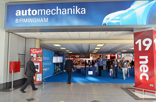 AutomechanikaBirmingham19 640x420 - Automechanika 2019上海汽配展口译翻译
