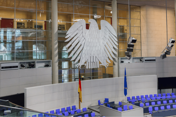 Pay Raise for Germanys Judicial Translators and Interpreters Criticized as Inadequate - 因批评德国司法翻译人员不足而加薪